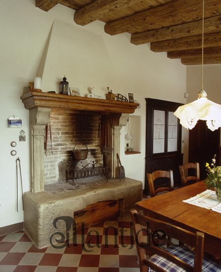 Pin Camino Antico Del 1600 In Pietra Serena on Pinterest