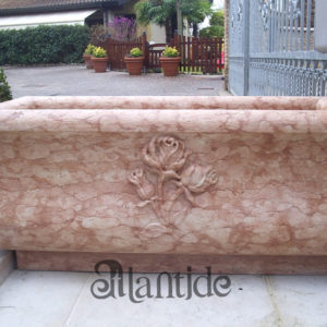 Planter with roses in Rosso Asiago - Ref. 044